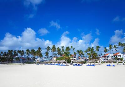 Pješčana plaža Bavaro Beach, odmor Dominikanska republika, karibi, odmor iz snova, daleka putovanja