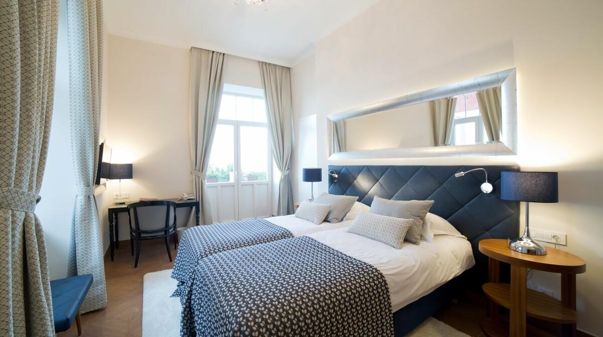 Hrvatska, Grand Hotel 4 opatijska cvijeta, dvokrevetna soba