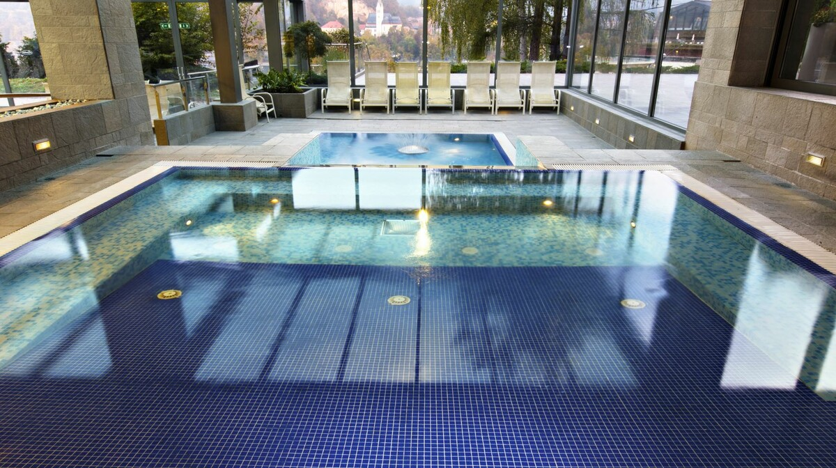 Skijanje u Sloveniji, Bled, Hotel Rikli Balance Hotel, bazen
