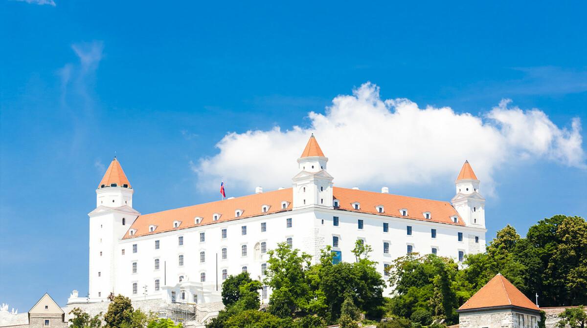 Bratislavski dvorac, Bratislava putovanje, Mondo travel