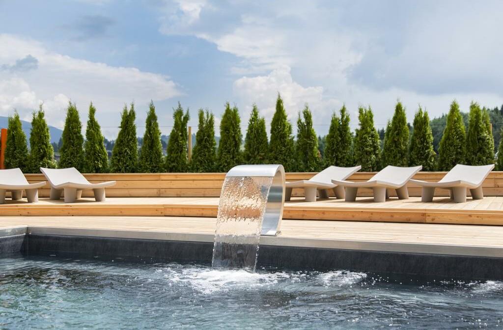 Skijanje u Italiji, Asiago, Linta Hotel Wellness & Spa, vanjski bazen