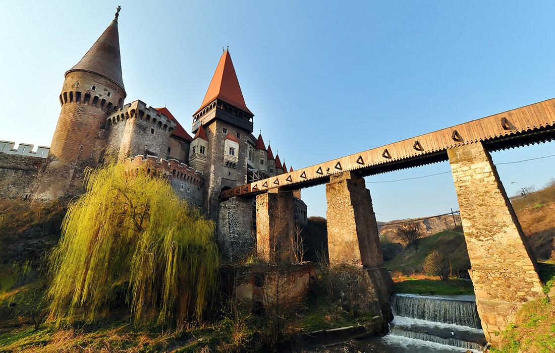 Transilvanija - Huneazi Castle