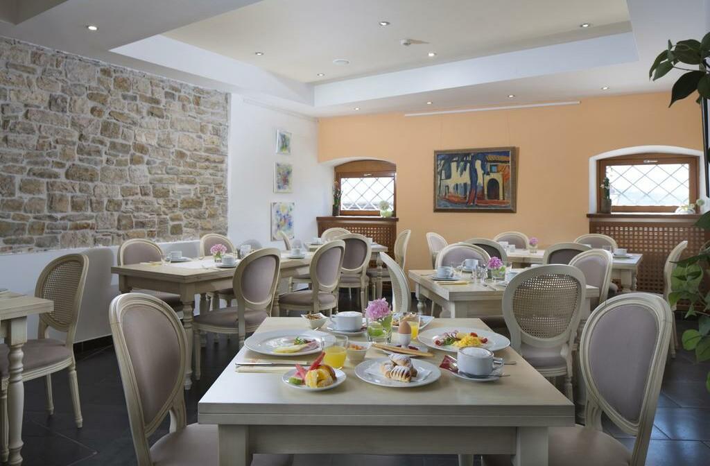 Wellness u Hrvatskoj, Motovun, Hotel Kaštel, restoran.