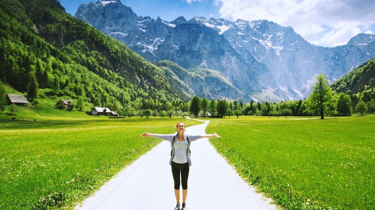 Slovenija, Logorska dolina