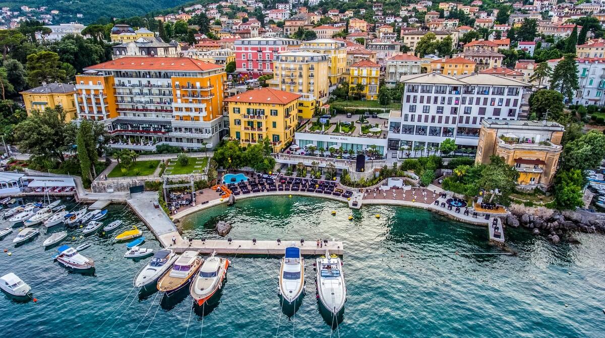 Hrvatska, Grand Hotel 4 opatijska cvijeta, panorama