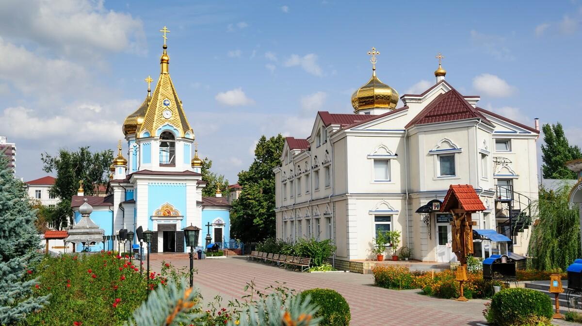 Moldavija - Ciuflea AKA Sf Teodor Tiron Monastery, Chisinau