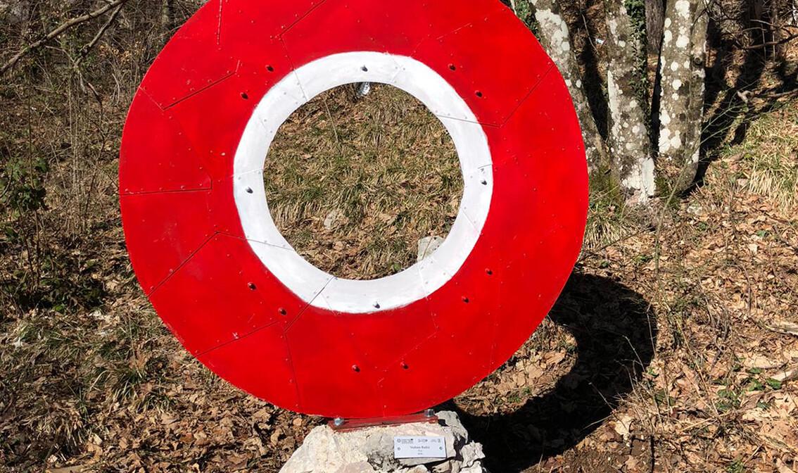 Crvena meta, Land Art staza, Učka, autobususna putovanja, jednodnevni izlet