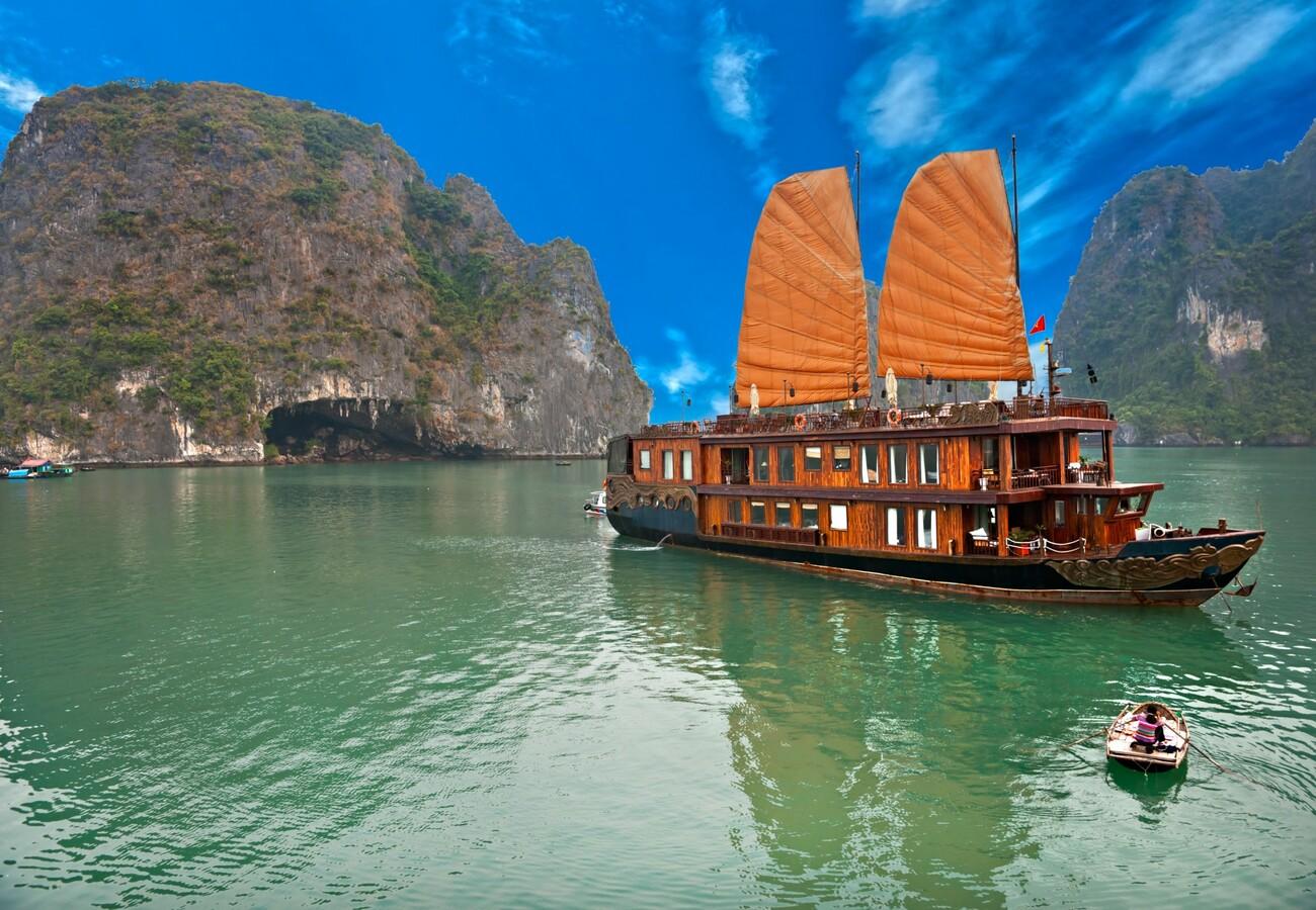 Halong Bay - Vijetnam