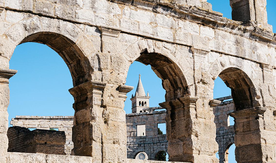 Hrvatska, Istra, Pula, Amfiteata Arena, putovanje u Istru autobusom, grupni polasci