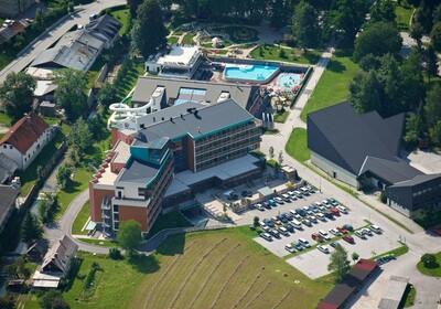 Wellness u Sloveniji, Bohinjska Bistrica, Bohinj Eco, izgled hotela iz ptičje perspektive