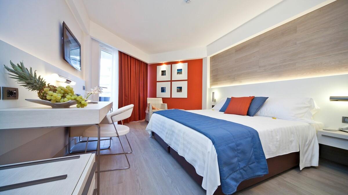 Classic dvokrevetna soba u hotelu Lafodia Sea Beach.