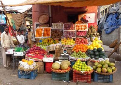 voće na tržnici, putovanja zrakoplovom, Mondo travel, daleka putovanja, garantirani polazak