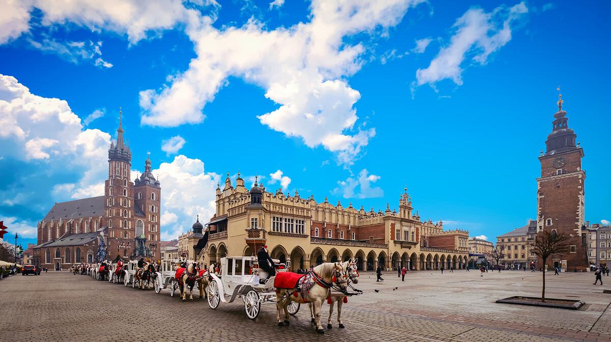 Glavni trg, putovanja zrakoplovom, Mondo travel, europska putovanja, garantirani polazak