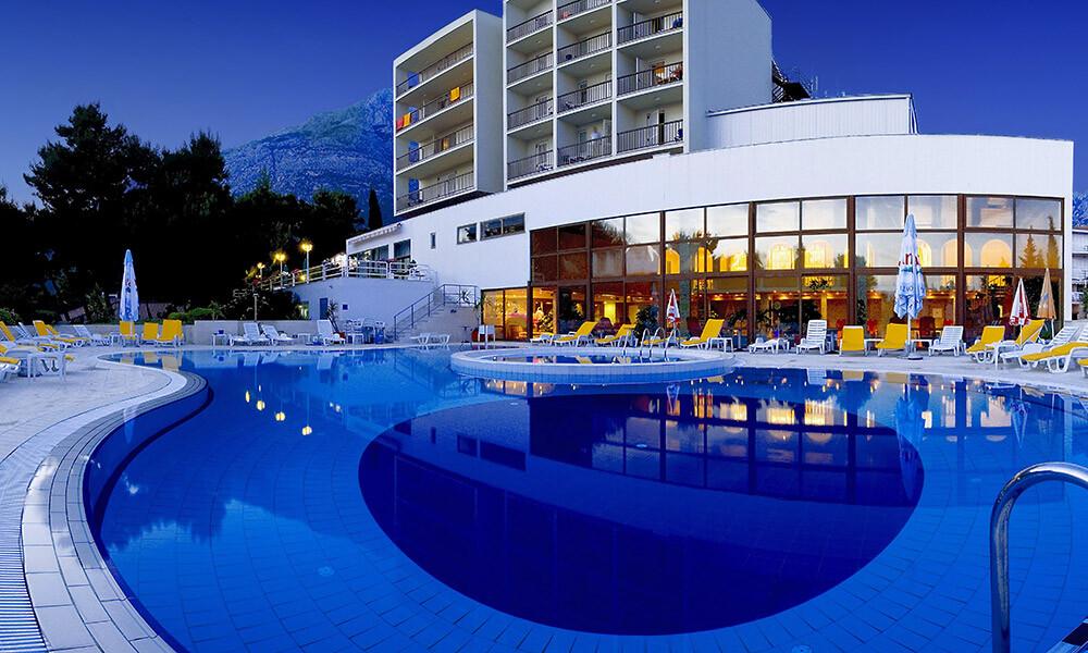 Baska Voda, Hotel Horizont