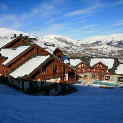 Francuska, skijanje, Les Sybelles, Résidence Les Alpages du Corbier, pogled izvana