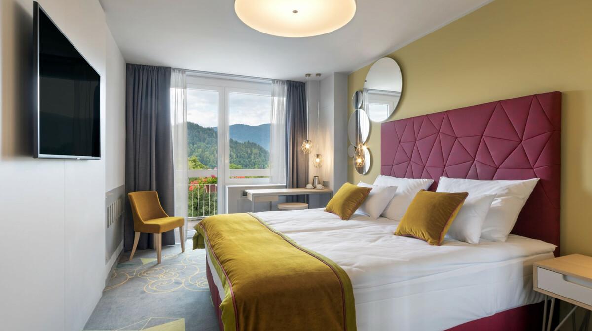 Skijanje i wellness u Sloveniji, Bled, Hotel Rose, soba jezero