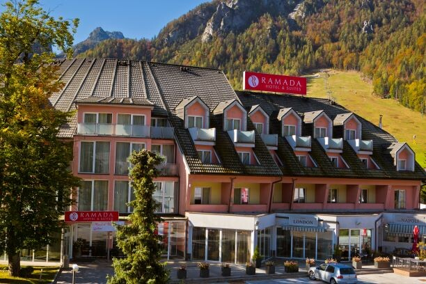 Slovenija, Kranjska Gora, Ramada Hotel & Suites KG, wellness i skijanje Slovenija, ulaz u hotel