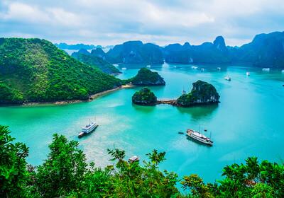 Vijetnam, Zaljev Halong Bay